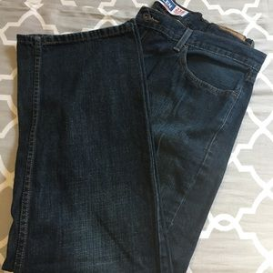 Denizen regular fit dark jeans size 40x30